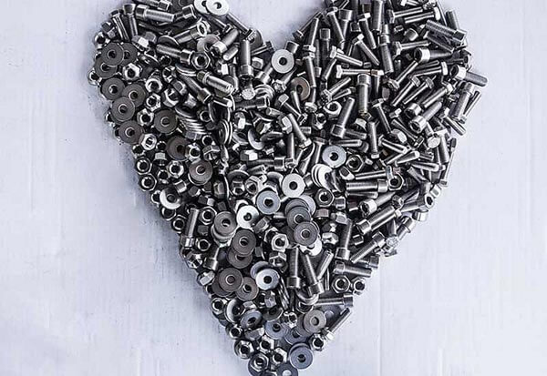Our heart beats for screws